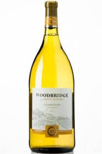 Woodbridge Chardonnay - 1.5 L