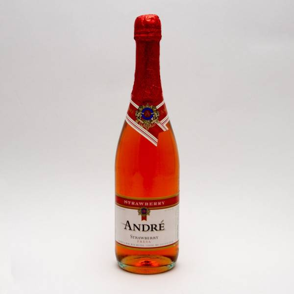 Andre - Strawberry Wine - 750ml