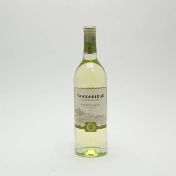 Woodbridge Sauvignon Blanc Wine 2013 - 750ml