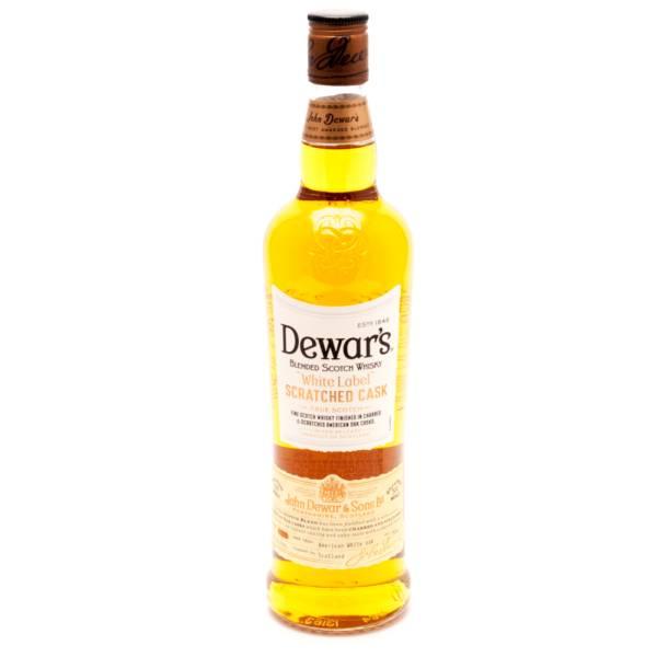 Dewar's scratched cask White Label True Scotch 40% Alc. 750ml